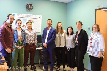 Dr. Santa Ono visits SARAVYC